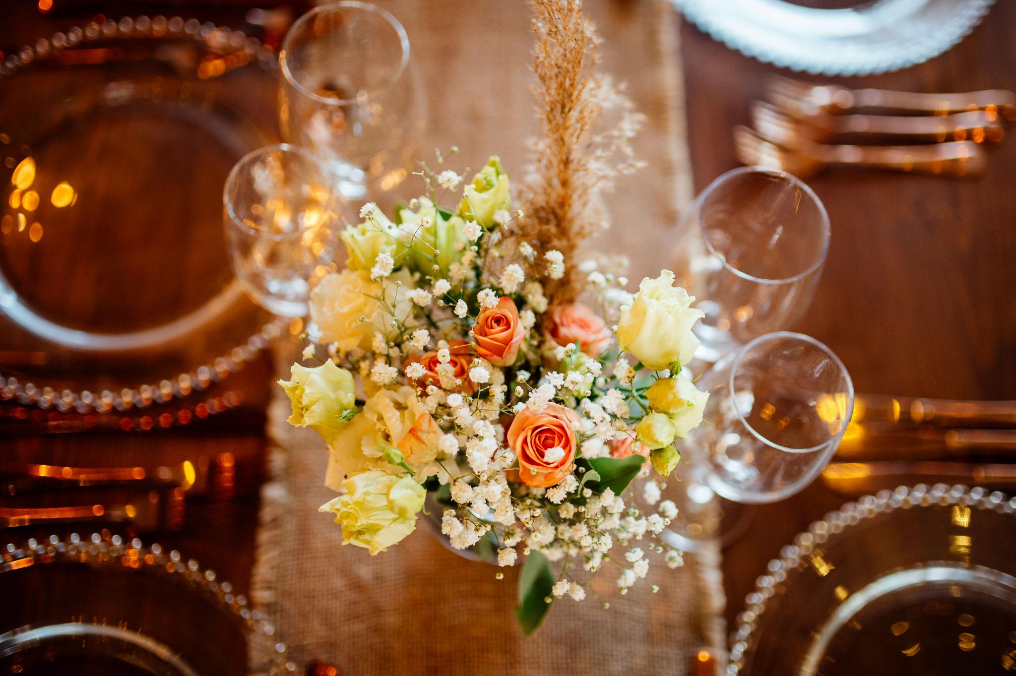 Fotografie documentara de nunta fotograf profesionist Dana Sacalov. Nunta cu accente rustice la The Greenspot Wedding Barn