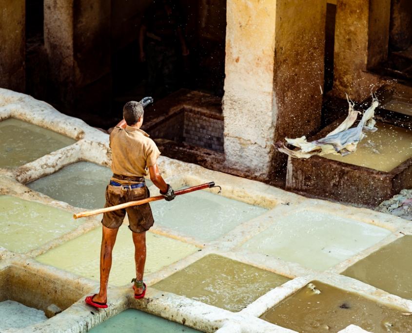 Despre prelucrarea pielii la Chouara Tannery. Nikon D4s, 70-200mm