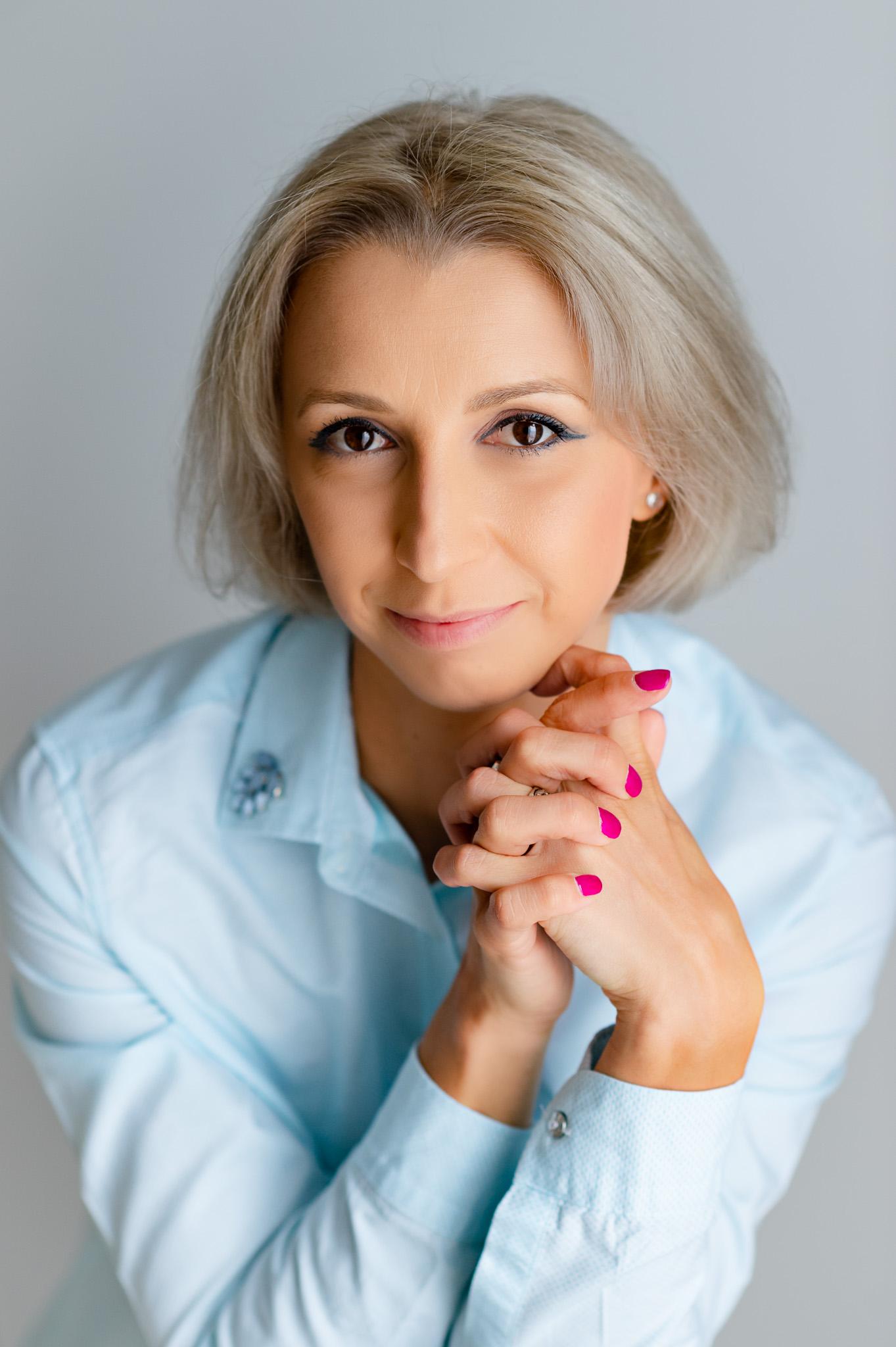 Fotografie de portret | Corporate | Headshots | Business Fotograf profesionist Dana Sacalov